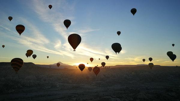 卡帕多奇亚 空中热气球日出美景01.jpg